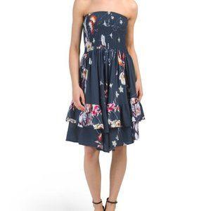 NWOT JUNIORS AUSTRALIAN DESIGNED STRAPLESS DRESS